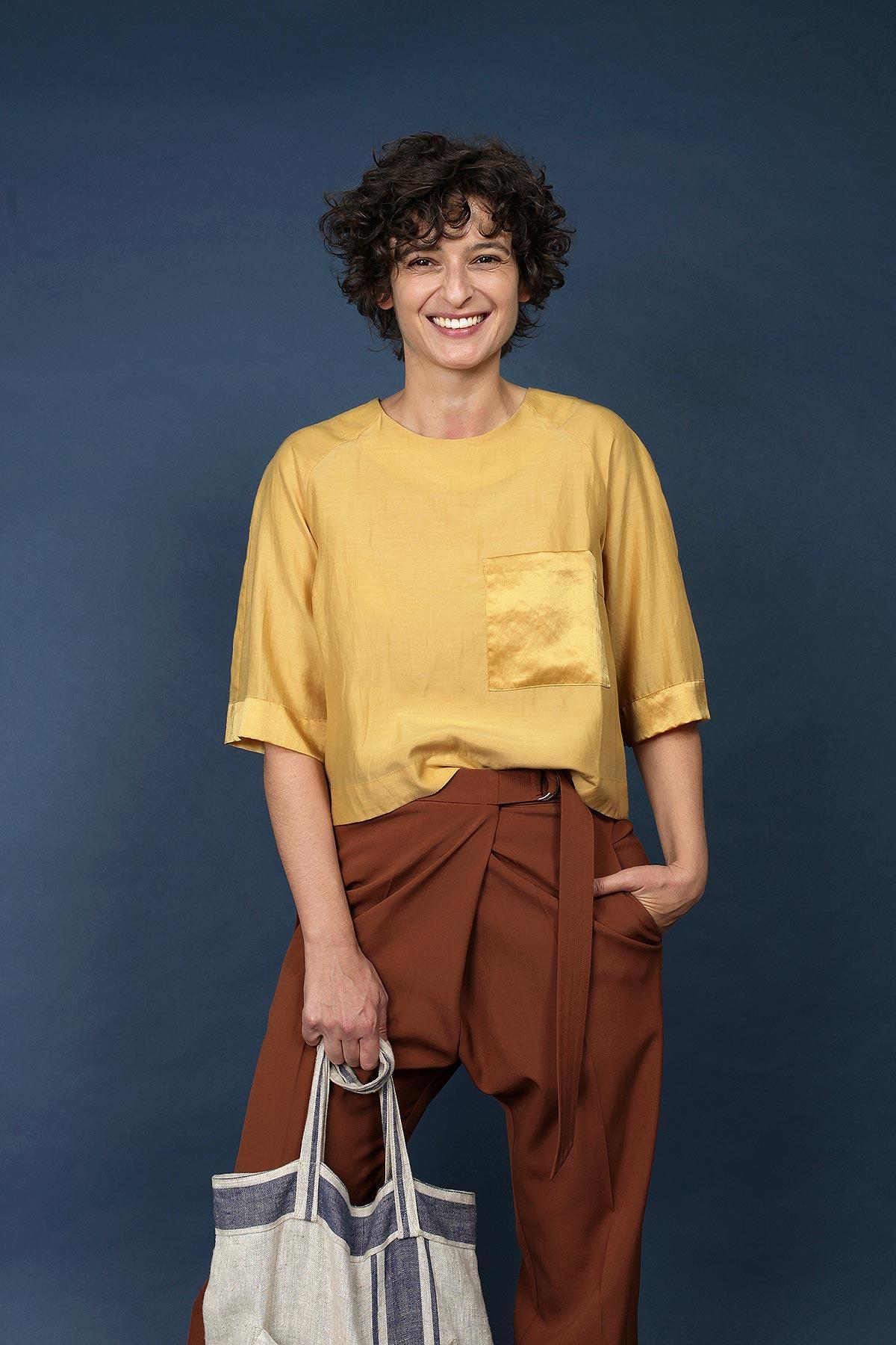 paula-immich-gelbes-top-aus-baumwolle-und-seide
