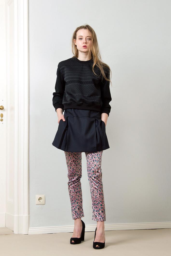 dunkelblaues kleid welche strumpfhose teure kleider 2018. Black Bedroom Furniture Sets. Home Design Ideas