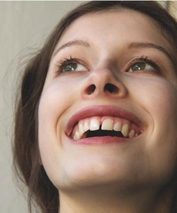 lächelnde Frauen in der Fotografie