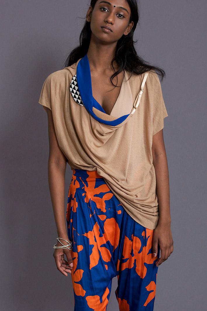 beige-farbenes-t-shirt-paula-immich