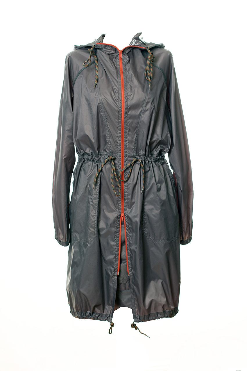 Mantel aus ultraleichtem Material in grau