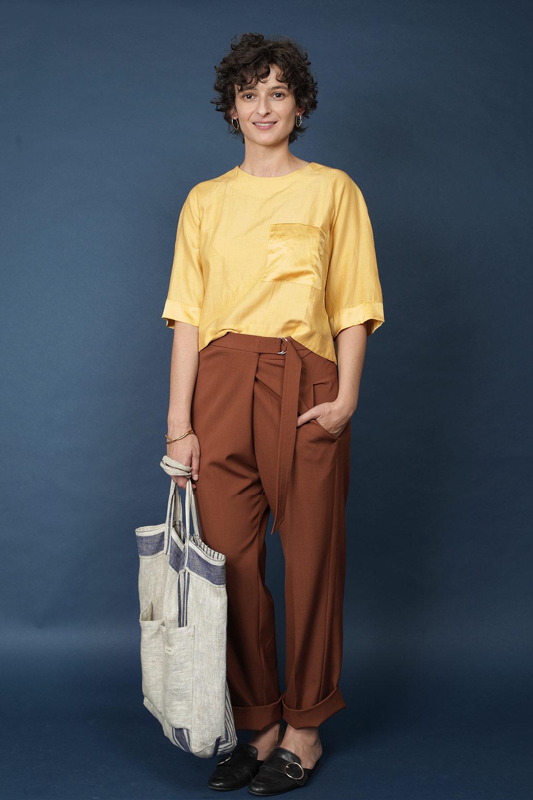 Paula Immich Hose aus schurwolle mit Stoffgürtel und D-Schnalle