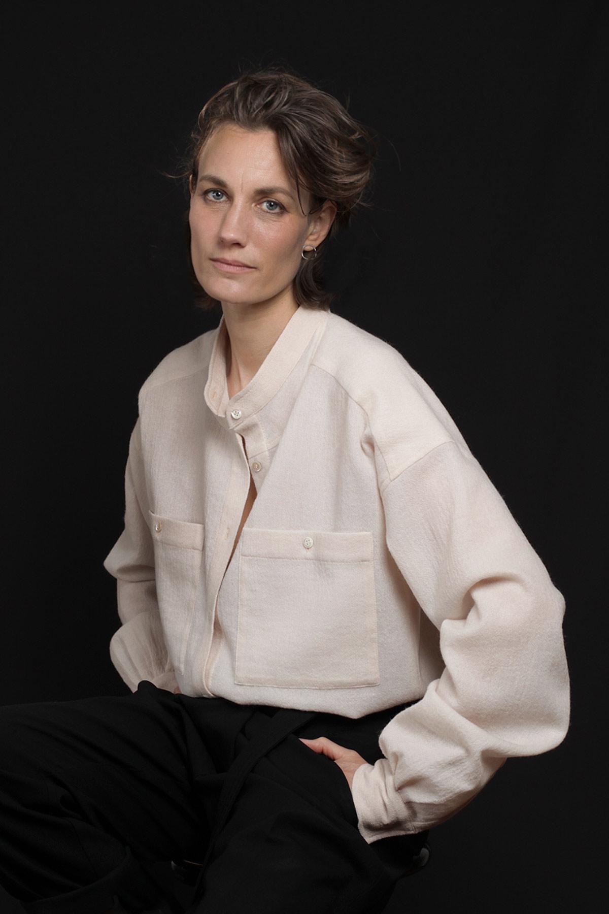 Paula Immich Hemdbluse aus zartem Wollmousseline